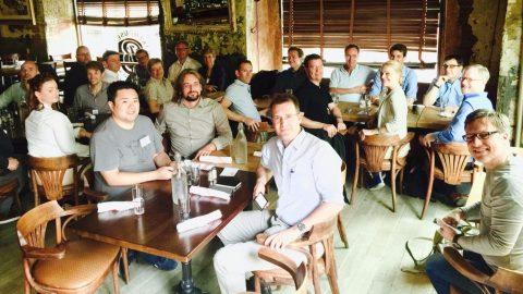 Teilnehmer der 5. crusa New York City beim work-Lunch mit Gimlet