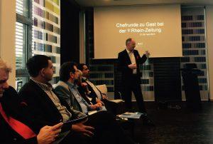Chefredakteur Christian Lindner präsentiert das Paidcontent-Konzept der Rhein Zeitung