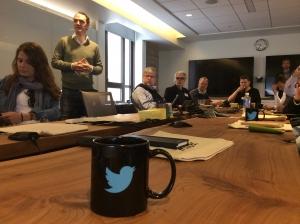 2.crusa14: Zu Gast bei Twitter (mit Rowan Barnett, stehend))