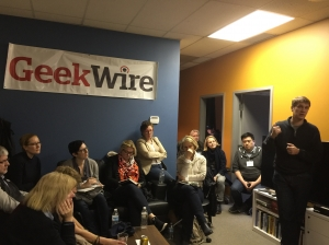 6.crusa16: dichtes Gedränge bei geekwire in Seattle